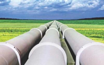 240キロの石油パイプライン