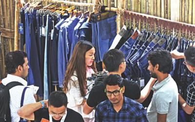衣料品輸出に長期戦略を