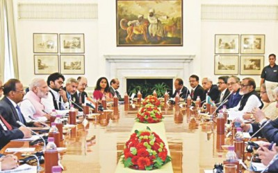 インドと22項目締結