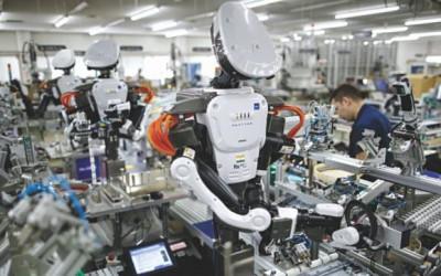 ロボットで人手不足対策
