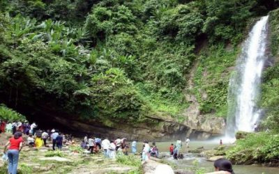 マドブクンド滝の観光再開