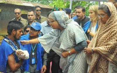首相、難民キャンプを訪問
