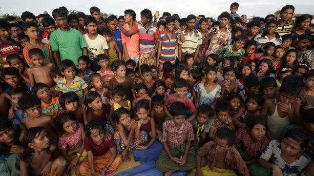 ロヒンギャ難民60.7万人