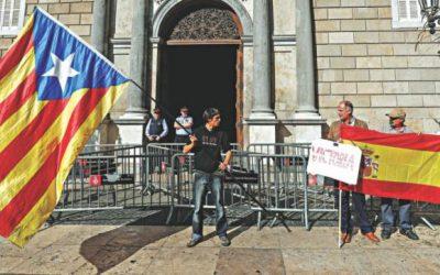 カタロニア独立:スペイン最高検察官が反乱事件を要求