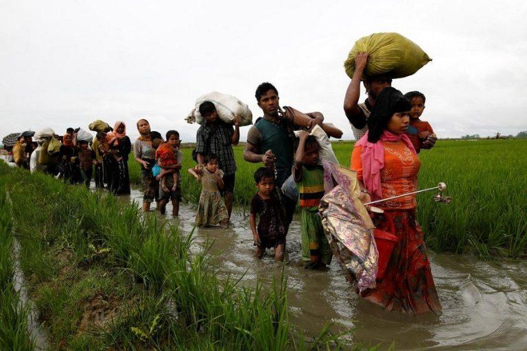 バングラ、緊急行動求める