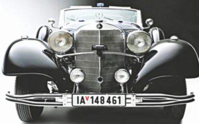 ナチスで使用されているヒトラーのメルセデスが販売のためにパレードアップ