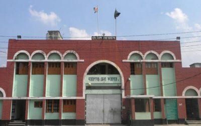 RMGの工場が刑務所に開かれ、家族のお金を送っている受刑者