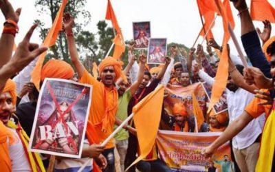 インドの文化戦争がボリウッドに起こる