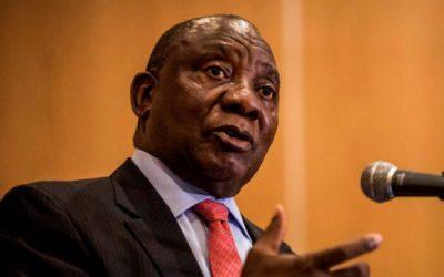 南アフリカのラマフォサがズマに圧力をかける