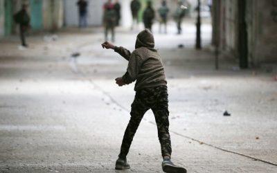 カイダの指導者は、ユダヤ人、アメリカ人に対する攻撃を求めている