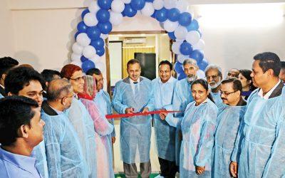 Kazi Shofiqul AzamがIDCOL技術監視施設を発足