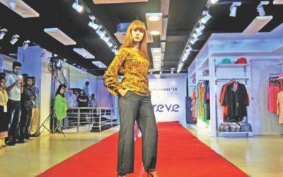 ル・レヴェ・ファッション・ショーで春に訪れる