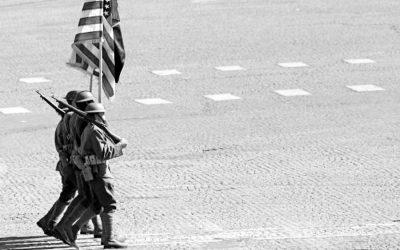 トランプは米国の可能性を示す軍事パレードを計画
