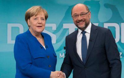 メルケル、社会民主連盟との連立政権打倒