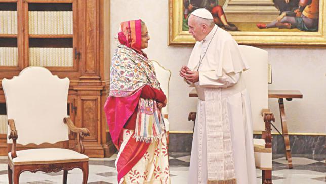 首相、フランシス教皇と会見