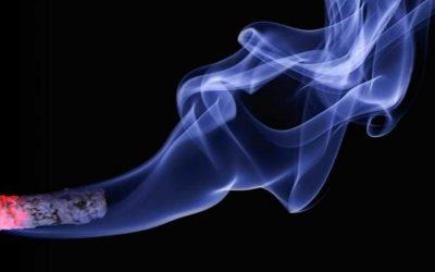 青少年の12%が喫煙