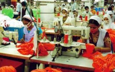 最低賃金1万6千タカ要求