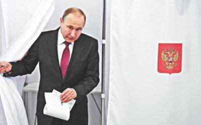 プーチン大統領4期目へ