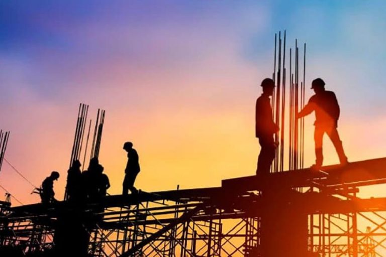建設業は二桁成長