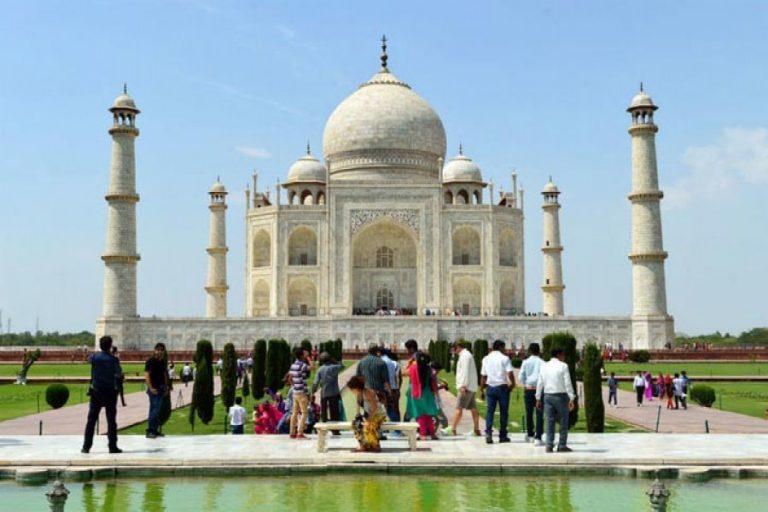 インドへ行く観光客増加