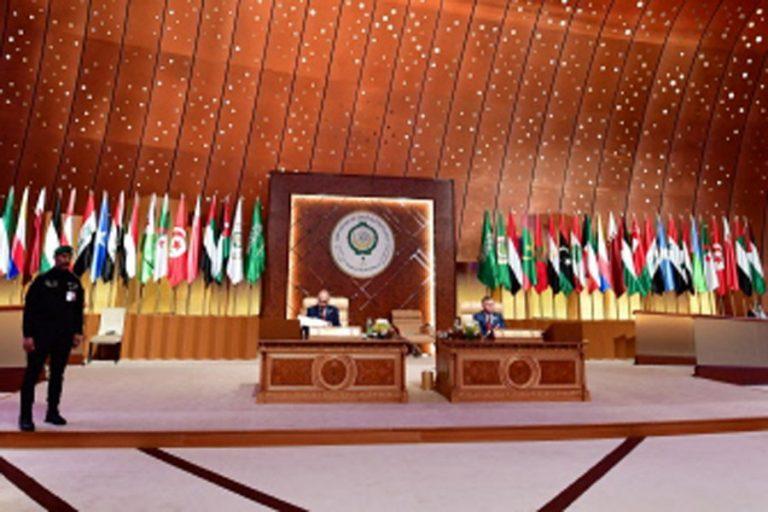 イラン、シリアはアラブ連盟首脳会議を支配