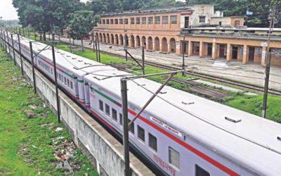 Eidのための列車は茶番を回す