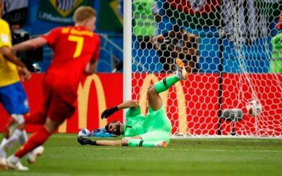 ワールドカップの前で静かに