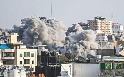 イスラエルの空爆がガザを打つ