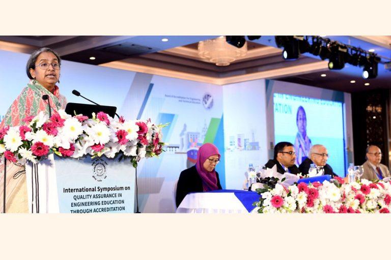 教育省大臣Dipu Moniスピーチ