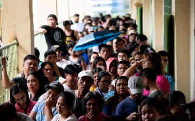 重要な中間選挙でのフィリピンの投票