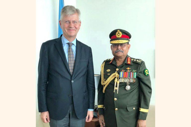 アジズ・アーメド将軍は国連事務総長に呼びかけた。
