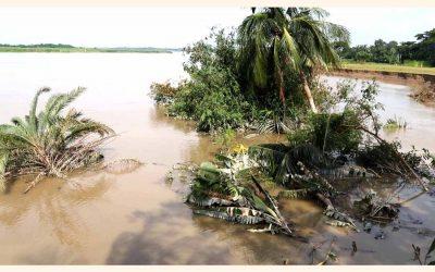 Modhumati川による侵食が深刻な転換
