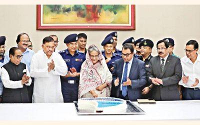 経済発展のために平和を維持する、PMは警察に語る