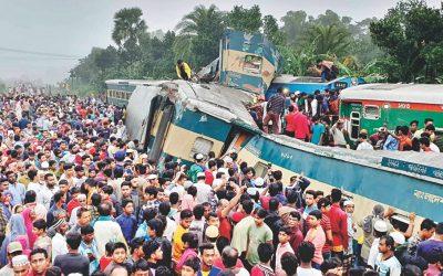 列車事故は居眠り運転原因か