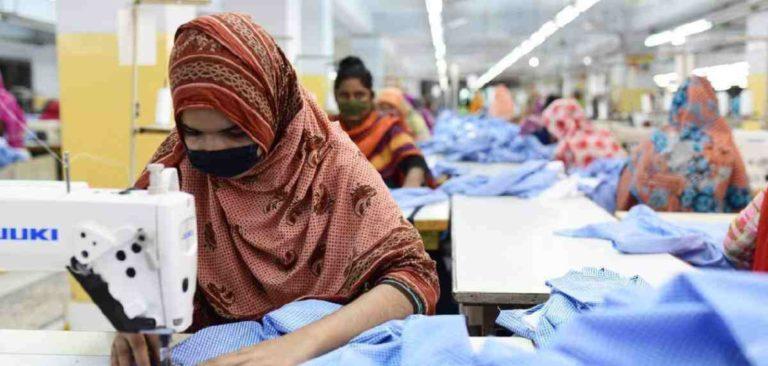 衣料品工場で感染者55名特定