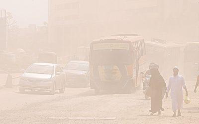 大気汚染で17万人あまり死亡