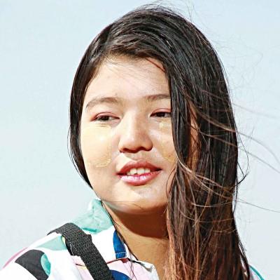 ミャンマーは殺害された若い反クーデター抗議者に悲しみます