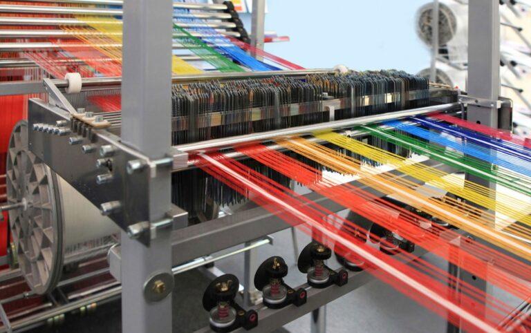 バングラデシュの繊維工学教育を近代化する必要があります