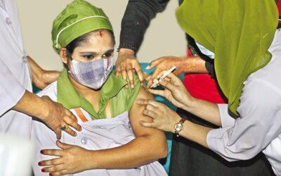 7月までに4千万人接種