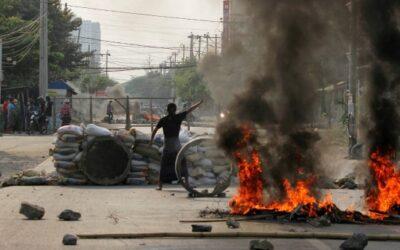 ミャンマーでの暴力はエスカレートし続けています