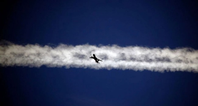 EUがグリーン政策推進で航空燃料税を提案する